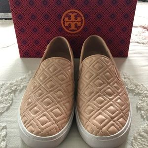 Tory Burch Jesse quilted sneaker size 10